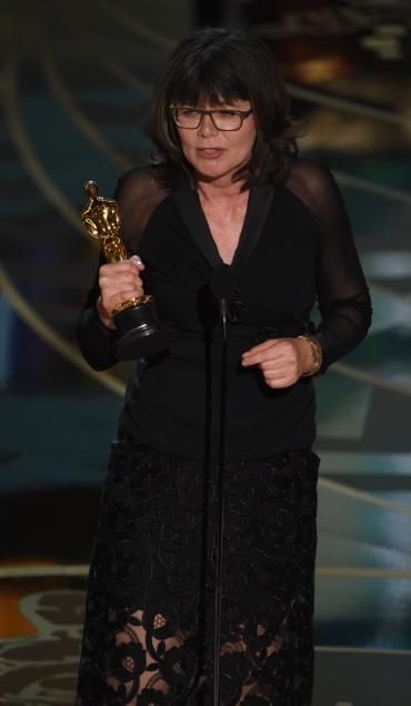 Film editor Margaret Sixel accepts her award for Best Film Editing, Mad Max: Fury Road on stage at the 88th Oscars on February 28, 2016 in Hollywood, California. AFP PHOTO / MARK RALSTON / AFP / MARK RALSTON (Photo credit should read MARK RALSTON/AFP/Getty Images)
